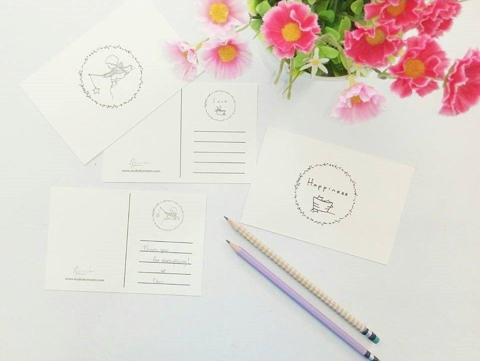 גלויות סטודיו מפגש חברות הצד שלה בלוג אחיות עיצוב הבית כריות מפות